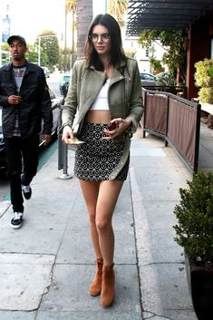 Loving this Olive Green Leather jacket on Kendall Jenner | Pinterest: callistacvs (for more inspirations! Hair, makeup/beauty, celebrities, airport styles, accessories, sneakers/shoes, bathing suits/bikini, inspirational quotes)