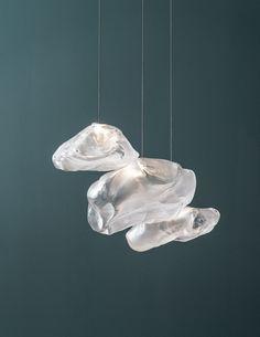 Core77 /吹玻璃轉換為高性能枕套,或如何博奇創造了Cloudlike吊燈