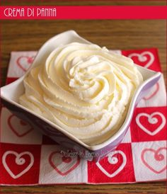 cream cream to stuff Sweet Recipes, Cake Recipes, Dessert Recipes, Cake Cookies, Cupcake Cakes, Mousse, Ganache Frosting, Cake & Co, Dessert Cups