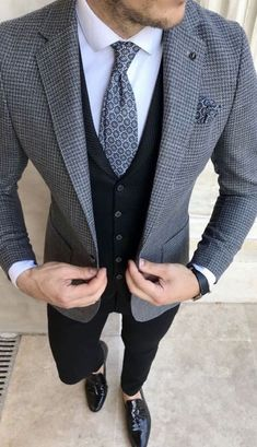 Grey Suits - Giorgenti New York Mens Casual Suits, Blazers For Men Casual, Grey Suit Men, Stylish Mens Outfits, Men's Suits, Mens Fashion Suits, Dapper Suits, Grey Suits, Casual Blazer