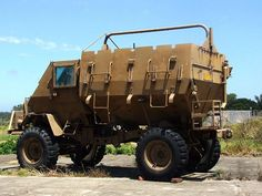 The Buffel was the first-ever mass-produced V-shaped hull, open-topped, Mine Protected Vehicle (MPV) / Armored Personnel Carrier (APC). Army Vehicles, Armored Vehicles, Armoured Personnel Carrier, Defence Force, Armored Fighting Vehicle, Tactical Survival, Expedition Vehicle, Military Equipment, Military History