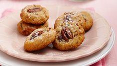 Pecan & cranberry biscuits recipe - 9Kitchen