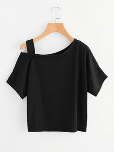 Soft, comfortable tees are an essential for every stylish closet! Find quality basic tees, graphics, crop tees, and more at ROMWE. Girls Fashion Clothes, Teen Fashion Outfits, Mode Outfits, Outfits For Teens, Girl Fashion, Girl Outfits, Fashion Dresses, Crop Top Outfits, Cute Casual Outfits