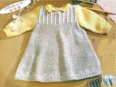 Modèle Robe bébé TERRA  Réf W043  Clic Laine