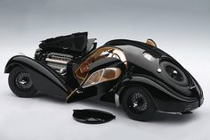 Bugatti Atlantic. quite possibly the coolest car ever!