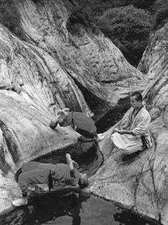 Shaolin Monks Training (18 pictures) | memolition