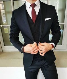 8 Ideas How to Combine Suits To Look Sharp and Chic Anytime - Femalinea - Men's style, accessories, mens fashion trends 2020 Terno Slim, Mode Man, Moda Formal, Mode Costume, Herren Outfit, Mens Fashion Suits, Men's Fashion, Mens Suits Style, Fashion Clothes