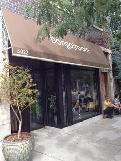 Bongo Room III - Andersonville!   Conveniently located at the southern end of the neighborhood on Clark Street. It's our only location with an outdoor garden eating area that will make you think you're not even in Chicago!