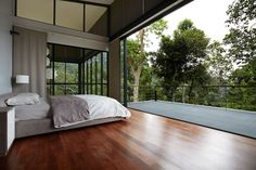 The 'Deck House' in the forest   Designhunter - architecture