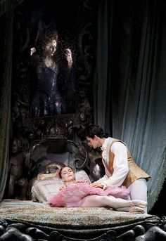 Thiago Soares as Prince Florimund and Marianela Nuñez as Princess Aurora in the Sleeping Beauty. © Johan Persson 2011 -