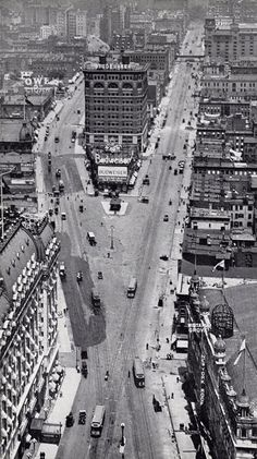 Black and White Photographs of Streets of NYC in 1905 ~ Vintage Everyday Nyc, Old Pictures, Old Photos, New York City, Photo New York, Times Square, Photos Rares, Ville New York, Vintage New York