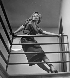 Marilyn Monroe, Photographed by Philippe Halsman, 1952 Estilo Marilyn Monroe, Marilyn Monroe Gif, Jean Harlow, Brigitte Bardot, Classic Hollywood, Old Hollywood, Petite Blonde, Viejo Hollywood, Philippe Halsman