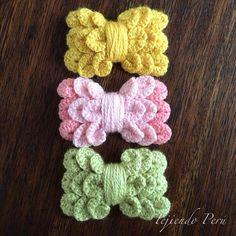 Lazos o moños para el cabello tejidos a crochet en el punto cocodrilo o escamas!