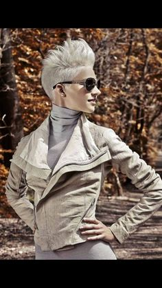 Awesome white, faux-hawk pixie