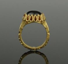 MAGNIFICENT ANCIENT BYZANTINE GOLD & GARNET RING - 9TH Century AD