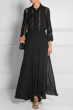 Black crepe and lace Partially concealed button fastenings through front Fabric1: 69% polyamide, 26% silk, 5% cotton; fabric2: 70% cotton, 30% nylon; trim: 100% polyamide Dry clean Made in Italy