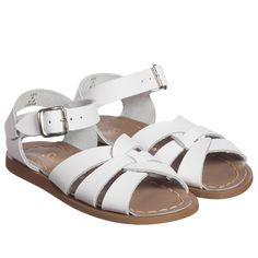 Sun-San unisex white 'Salt Water' leather sandals with straps around the anklesand across the front of the foot.A classic Americandesign, Sun-San shoes are designed to be stylish, comfortable and hard wearing, with the leather moulding to thewearers feet with repeated use.Special coating on the leather makes them water resistant, suitable for running in and out of water. The adjustable, rust-proofbuckle allows the strap to be adjusted for the perfect fit.