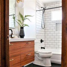 Blog de Instalatii iti arata care sunt 5 greseli comune pe care le poti face cand faci renovarea baii. Wedding Fireplace, False Ceiling Bedroom, Cement Walls, Stone Sink, Blue Furniture, Moroccan Tiles, Home Spa, Base Cabinets, Basement Bathroom
