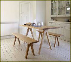 Wooden Design ideas for open kitchens - Einrichtungsideen Kitchen Table Bench, Dining Table With Bench, Counter Height Table, Bar Table Sets, Narrow Table, Pub Design, Minimalist Kitchen, Small Spaces, Family Room