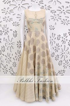 Wear a majestic charm in this lavish beige designer suit featuring lovely print designs with nice colors all over the outfit while a elegant thread work sits at the back bodice in an affluent stroke & precisely made designs Indian Designer Outfits, Indian Outfits, Indian Clothes, Long Anarkali Gown, Kurta Designs Women, Designer Anarkali, Wedding Wear, Traditional Outfits, Party Wear