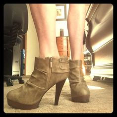 Never worn high heel ankle booties These ankle booties were never worn. Bought on a whim and then just never got around to wearing them. Super cute and would look good with so many outfits! Anna michelle Shoes Ankle Boots & Booties