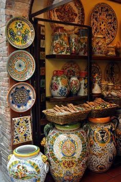 Tuscan Ceramics, San Gimignano, Italy