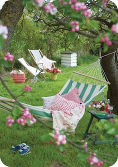 Tove mix - love hammocks & sling chairs ! Also, a lovely beehive