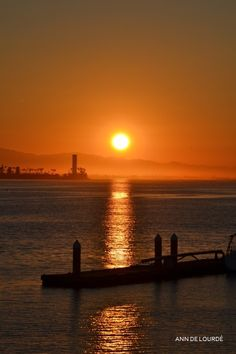 Dawn in Long Beach, Tuesday, 13th October 2015, Los Angeles River, Long Beach, California, USA.