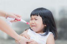 Kleine Zahnputzmuffel lernen mit diesen sechs Liedern, warum Zahnpflege so wichtig ist und wie man die Zähne richtig putzt.