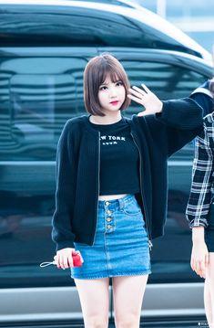 Couple Outfits, Kpop Outfits, Girl Outfits, Pretty Asian, Beautiful Asian Girls, South Korean Women, Kpop Mode, Jean Skirt Outfits, Korean Fashion Kpop
