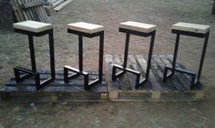 Rectangular tubing bar stools with wooden seats. Handmade by samidecoranddesign@gmail.com . Industrial bar stools. Handmade bar stools. Steel and wood bar stools. Steel furniture. Wooden furniture. #industrial #steel #wood #barstools #decor #interiordesign Diy Bar Stools, Industrial Bar Stools, Diy Stool, Wooden Bar Stools, Industrial Style, Steel Furniture, Wooden Furniture, Industrial Furniture, Sofa Seats