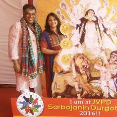 Durga Pujo @ the Jvpd Durgotsav with @ashishv  First experience