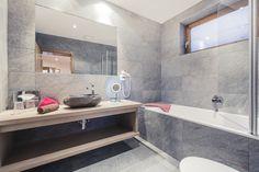 Dein Zuhause in den Bergen - Sölden - Tradition - Qualität - Nachhaltigkeit - Individualität - Natürlichkeit Bergen, Bathtub, Mountain, Bathroom, Sustainability, Ad Home, Standing Bath, Washroom, Bathtubs