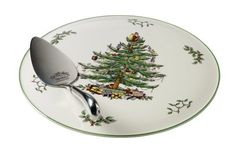 Buy Spode Christmas Tree - Cake Plate And Server from eCookshop! We stock a large range of Spode cookware and tableware products all at fantastic prices. Christmas Tree Cake, Christmas China, Unique Christmas Trees, Christmas Tree Pattern, Christmas Tree Design, Christmas Dishes, Christmas Tablescapes, Christmas Ideas, Merry Christmas