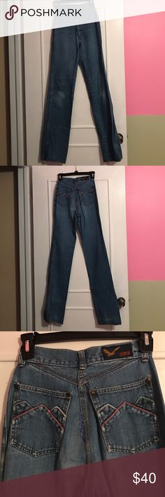 """Vintage 70's 80's mom jeans Please do not trust tag sizing on these vintage jeans. They say they are size 7L. All measurements taken laying flat. Waist: 11.5"""" Rise: 11"""" Hip: approximately 4.5"""" up from the crotch, 16"""" Inseam: 34.25"""" Cuff: 8"""". Characteristics: very good used vintage condition. Slightly faded knees. Wear on back of cuffs (worst of which is pictured). No holes. Patch between back pockets, no idea if it is original or a repair, but obvious. See photos. Check out my closet for a…"""