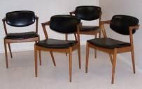 love these mid century modern chairs