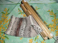"""ma technique simple pour faire une chaussette avec talon au tricotin géant. Image issue de mon article sur mon blog 'le tricotin géant belge"""""""