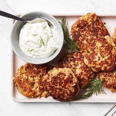 Salmon Croquettes With Dill Sauce Recipes With Dill Sauce, Dill Recipes, Salmon Recipes, Sauce Recipes, Seafood Recipes, Cooking Recipes, Healthy Recipes, Dinner Recipes, Seafood