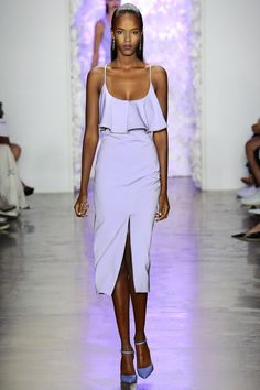 See the Cushnie Et Ochs spring/summer 2016 collection. Click through for full gallery at vogue.co.uk
