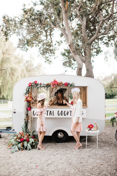 We love this idea for a festival inspired wedding reception - a mobile custom bar cart serving cocktails. Maui Weddings, Outdoor Weddings, Outdoor Events, Outdoor Wedding Inspiration, Amazing Race, Awesome, Summer Parties, Dinner Parties, Derby Party