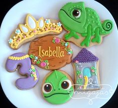 Tangled Cookies for a 3 year old birthday girl Rapunzel Birthday Cake, Tangled Birthday Party, 2nd Birthday Party Themes, Birthday Party Centerpieces, Girl Birthday, Princess Birthday, Princess Cookies, Disney Cookies, Tinkerbell Party
