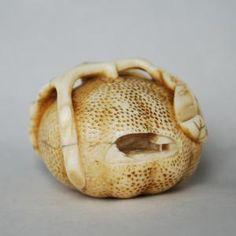 Description: Mandarine Artist: Gyokuyousai Date: mid 19th century Size: 4cm diameter, 3.0 cm high