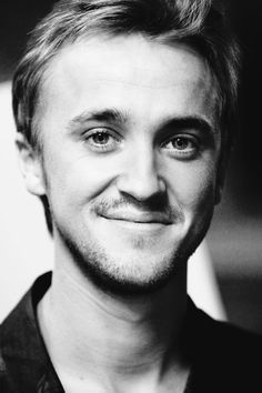 tom felton once again Draco Malfoy, Draco And Hermione, Ron Weasley, Tom Felton, Drarry, Dramione, Thomas Andrews, Harry Potter Facts, Daniel Radcliffe