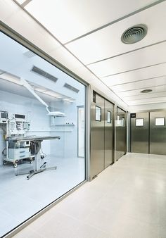 Galería - Hospital Veterinario Canis Mallorca / Estudi E. Torres Pujol - 22