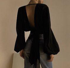 Basic Layout - Jeez V Blouse - modus January 24 2020 at fashion-inspo Look Fashion, Korean Fashion, Fashion Outfits, Womens Fashion, Fashion Tips, Fashion Design, Fashion Trends, Fashion Clothes, Fashion Hacks