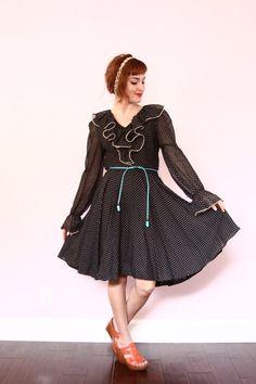 1940s dress / polka dot swing dress / black and white by xYATESx