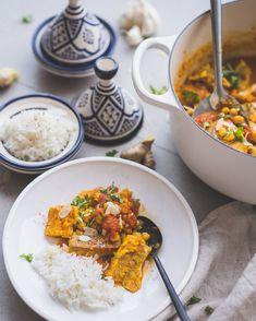 Snel Marokkaans visstoofpotje met kikkererwten • Cookameal Catering, Curry, Fish, Dinner, Cooking, Ethnic Recipes, Kenya, Drinks, Dining