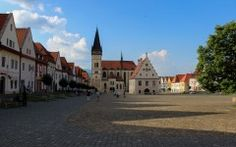 Unesco heritage Slovakia list contains 7 sites located in Slovakia. You can find here Spiš castle, wooden churches, karstic caves or beech primeval forests. Carpathian Mountains, Archaeological Site, Town Hall, Castle, Culture, Explore, Mansions, World, House Styles