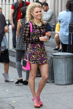Carries 80s fashion and style look