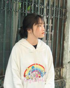 Chi Chi, Aesthetic Girl, Ulzzang Girl, Lightroom, My Idol, Cute Girls, Girlfriends, Amelia, Boys